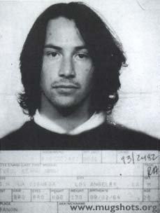 http://www.andromedafree.it/umorismo/immaginidivertenti/gallerie/ccccc02keanu-reeves.jpg